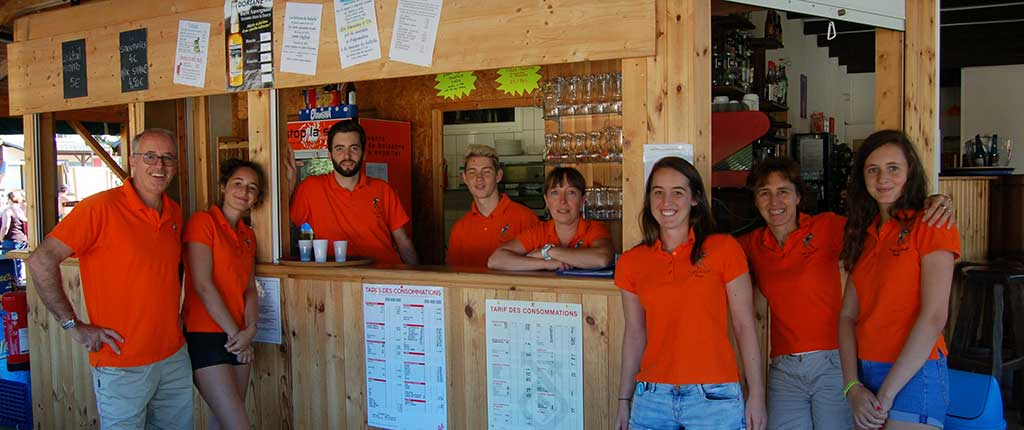 equipe animation camping puy de dome